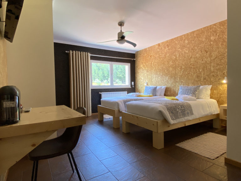 Room 5 – Double (2 single beds)
